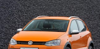 Volkswagen Cross Polo - Critics Review
