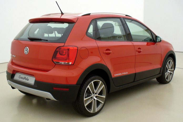 Volkswagen Polo Cross-Expert Reviews
