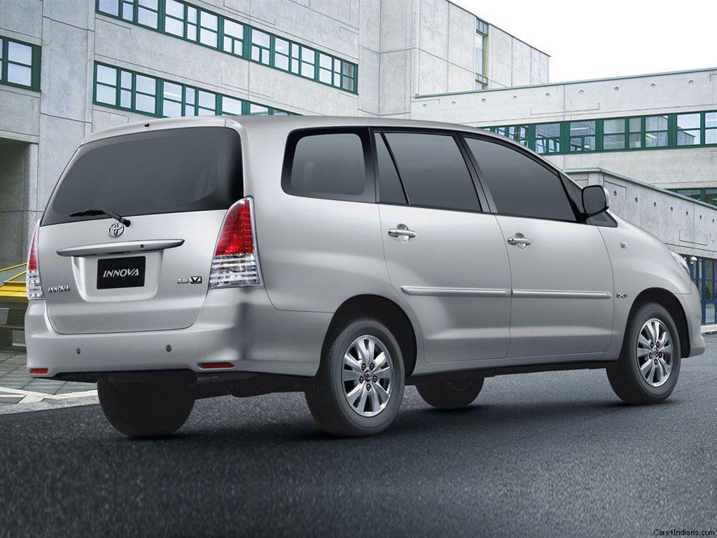 Toyota Innova Exteriors Side View