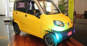 Bajaj RE60 - Specifications and Features