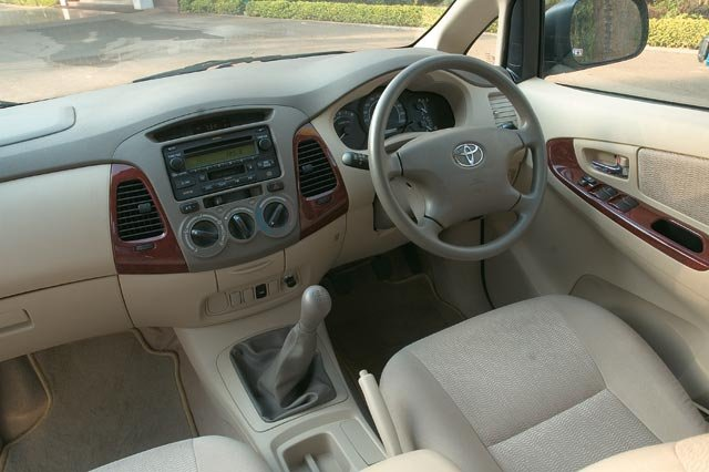 Toyota Innova Interiors Dashboard