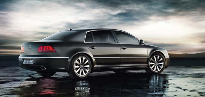 Volkswagen New Phaeton 3 6l Petrolprice In India Review Pics