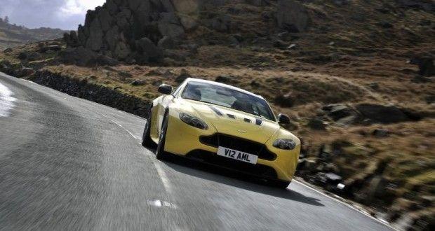 Aston Martin V12 Vantage Exteriors Front View