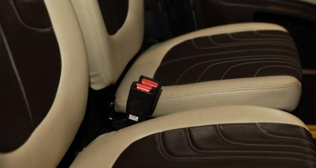 Bajaj RE60 Interiors Seats
