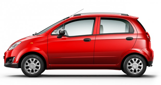 Chevrolet Spark Exteriors Side View