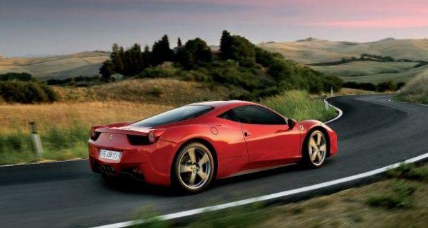 Ferrari 458 Italia Exteriors Side View