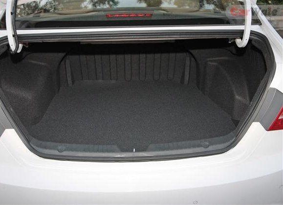 Hyundai Sonata Interiors Bootspace