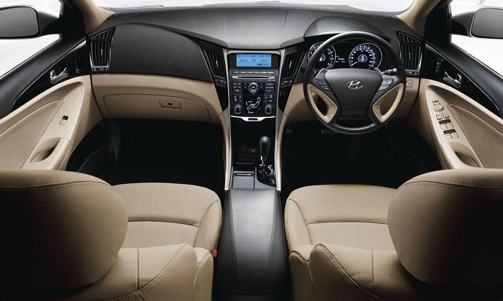 Hyundai Sonata Interiors Dashboard