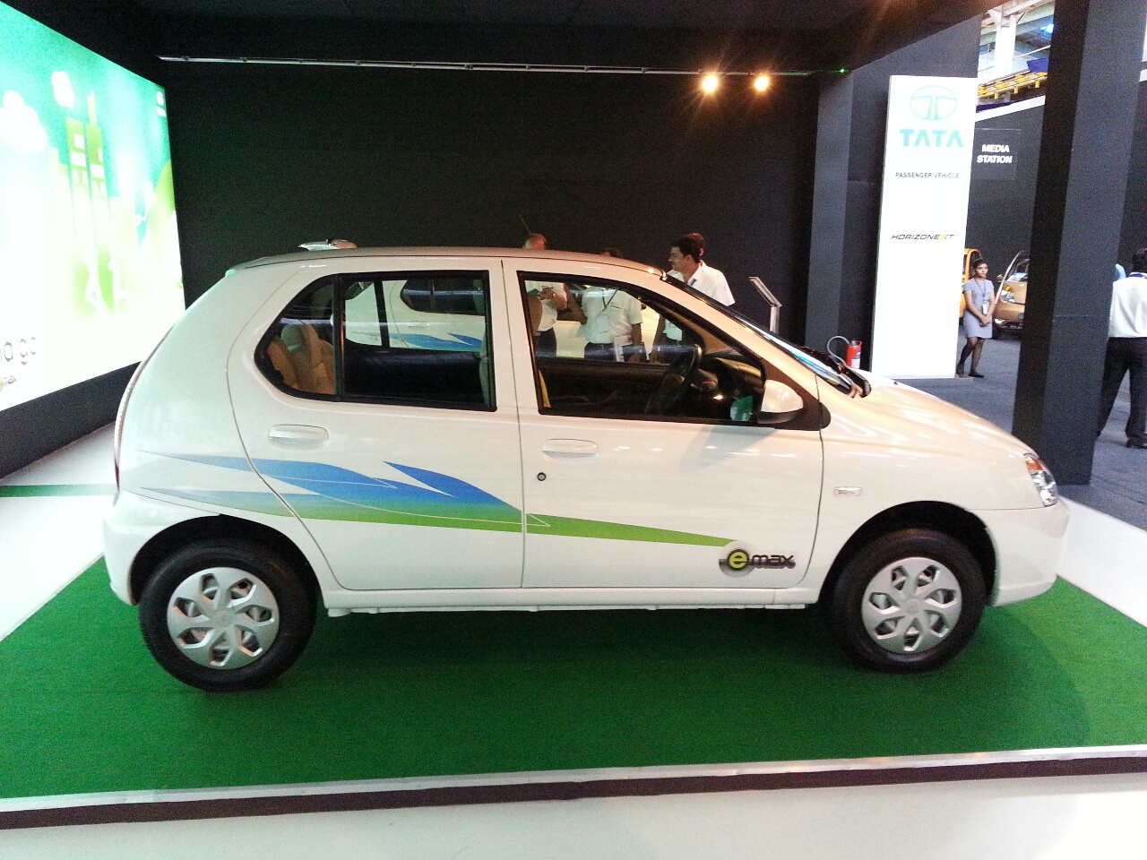 Tata Indica eV2 emax  Exteriors Side View
