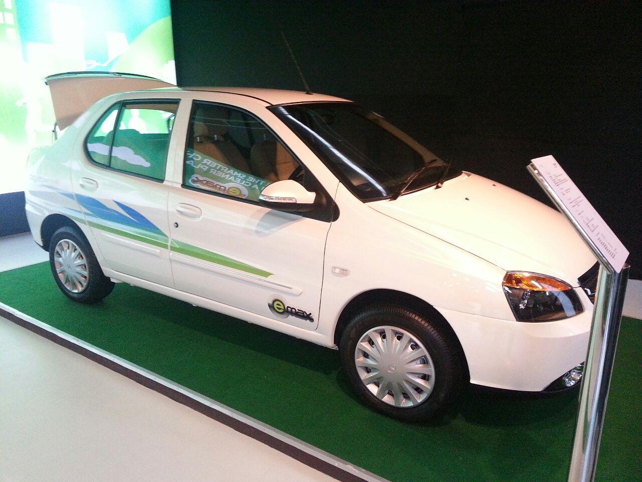 Tata Indigo eCS emax Exteriors Top View