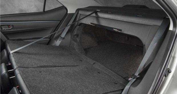 Toyota Corolla-2014 Interiors Bootspace