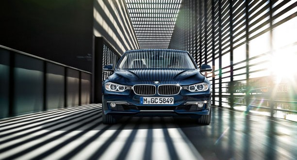 BMW 3 Series Exteriors Front View