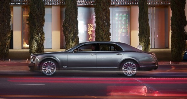 Bentley Mulsanne Exteriors Side View