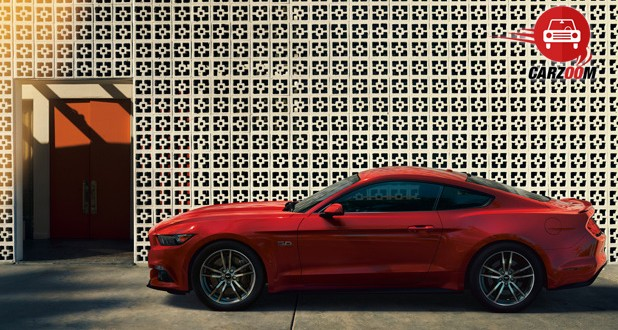 Ford Mustang 2015 Side view