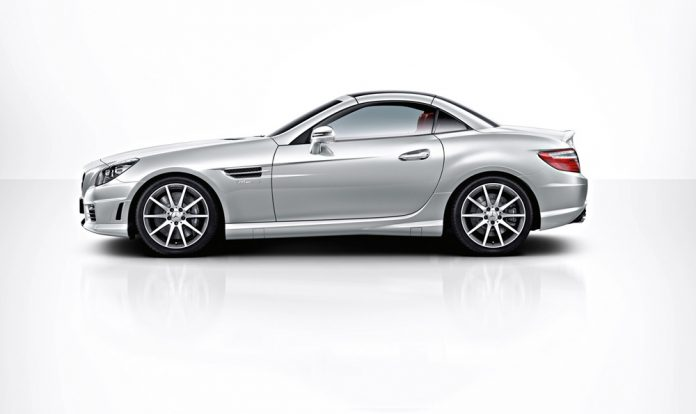Mercedes-Benz launched SLK55 AMG in India