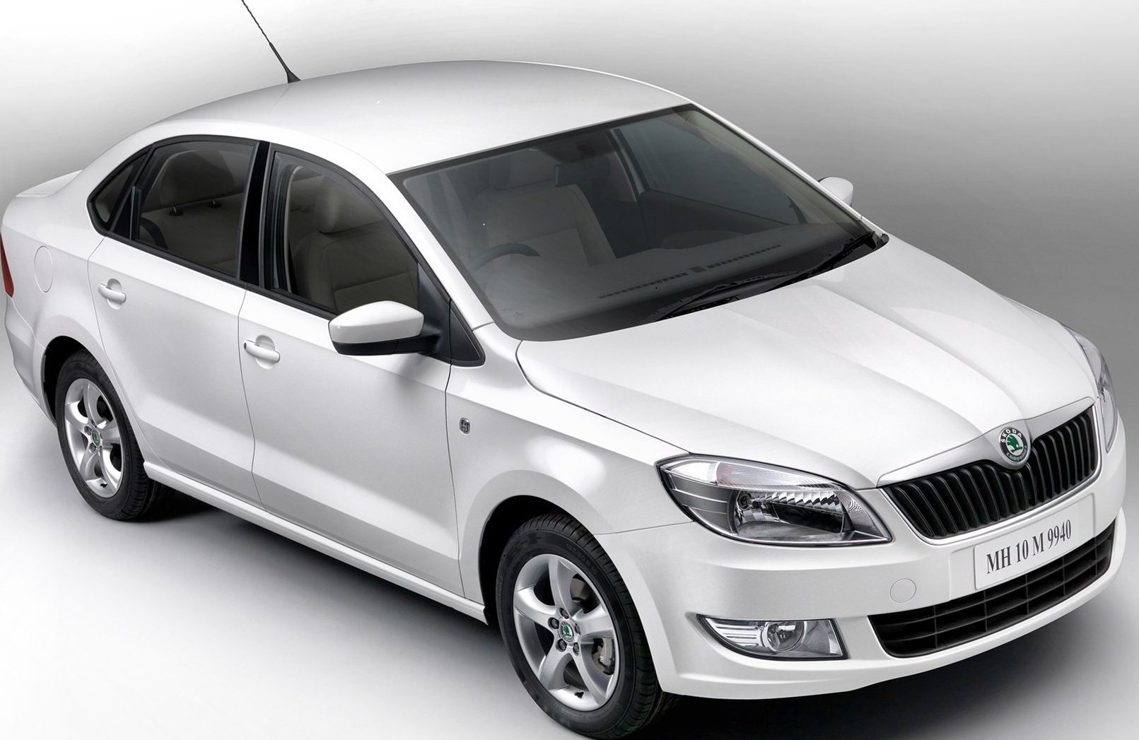 Skoda Rapid Exteriors Top View