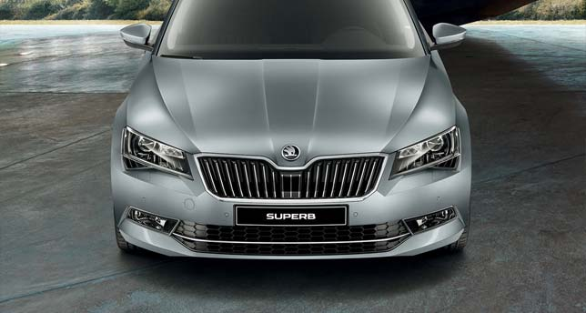Skoda-Superb-Front-View