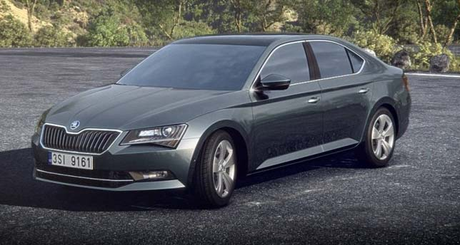Skoda-Superb-Side-Front-View