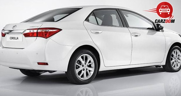 Auto Expo 2014 New Toyota Corolla Exteriors Side View