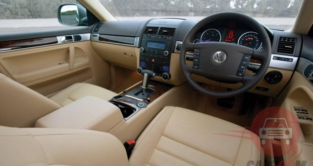 Auto Expo 2014 Volkswagen Taigun Interiors Dashboard