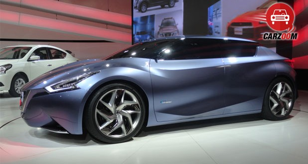 Auto Expo 2014 Nissan Friend-Me Concept Car Exteriors Overall