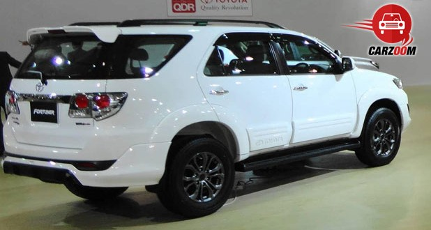 Auto Expo 2014 Toyota Fortuner facelift Exteriors Side View