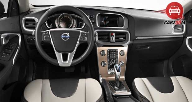 volvo v40 cross country Interiors Dashboard