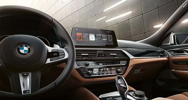 BMW-6-Series--Dashboard