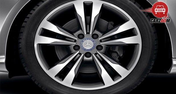 Mercedes Benz E Class Exterior Tyre