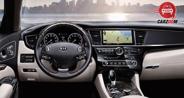 Kia K900 Interior Dashboard View