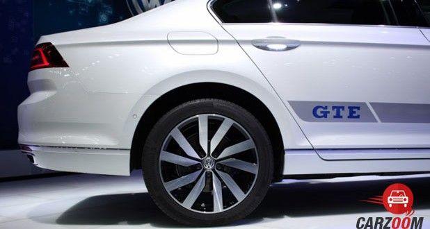 Volkswagen Passat GTE Side