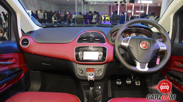 Fiat Avventura Urban Cross Interior