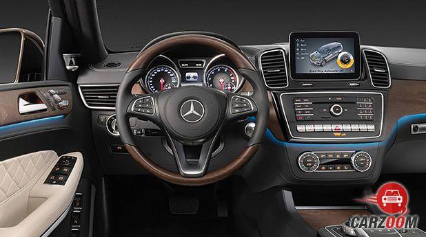 Mercedes-Benz GLS Dashboard
