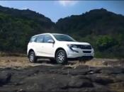 Next Generation Mahindra XUV 500 facelift 2017