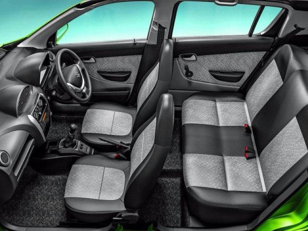 Maruti Alto Utsav Edition cabin