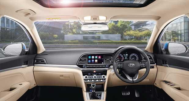 Hyundai-Elantra-Dashboard
