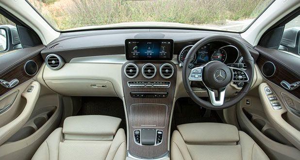 Mercedes-Benz-GLC-Dashboard