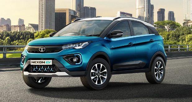 Tata-Nexon-EV-Front-&-Side-View