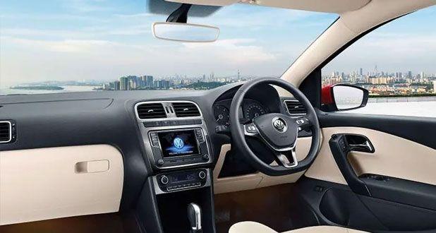 Volkswagen-Polo-Dashboard