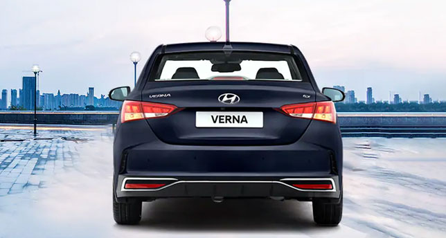 Hyundai-Verna-Back-View